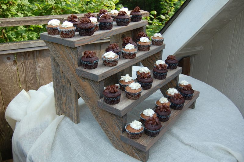 The Meaningful Details Let Them Eat Cake Cupcakes Rustic