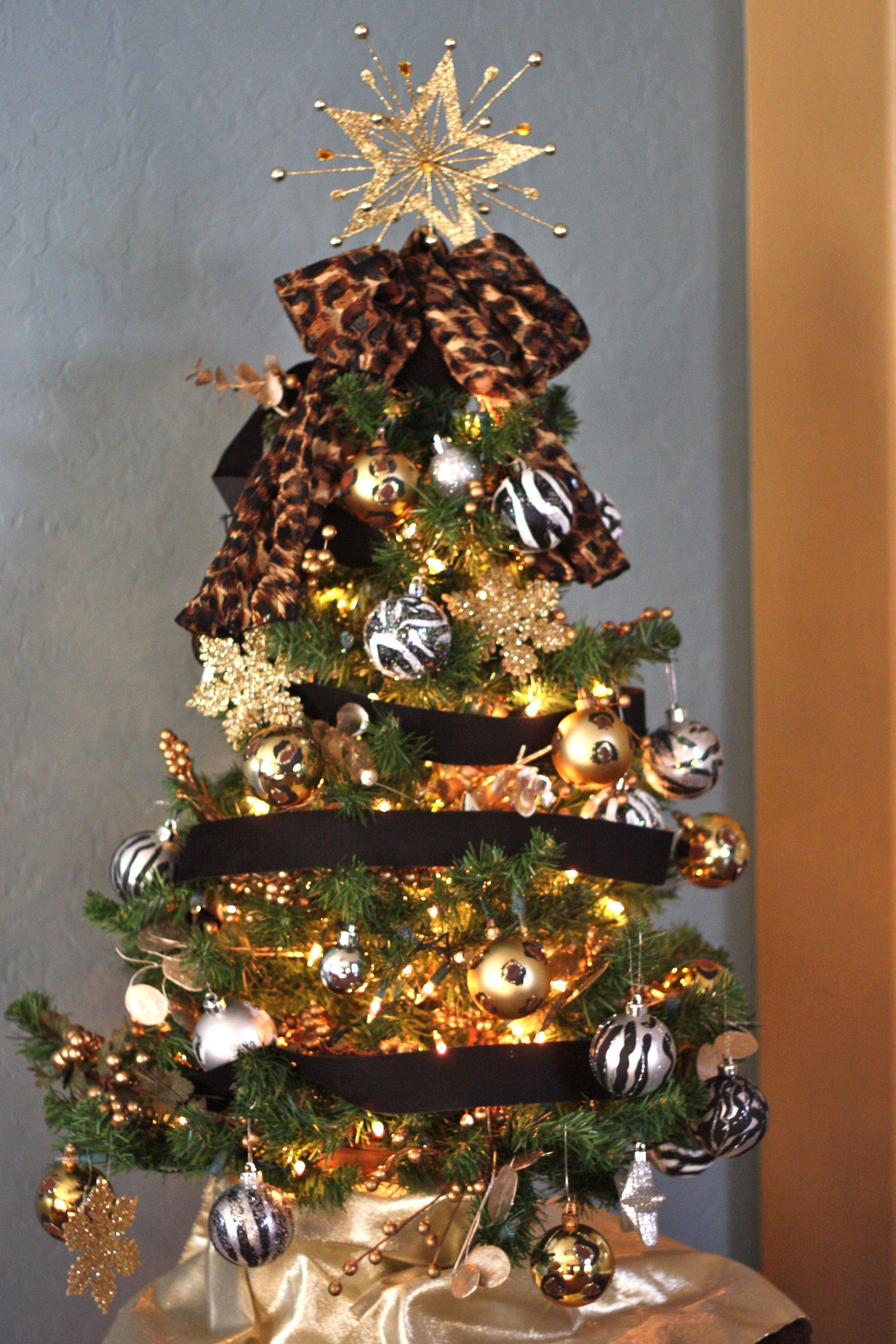 #Animal print inspired #Christmas tree, id do differently.  But like the idea!