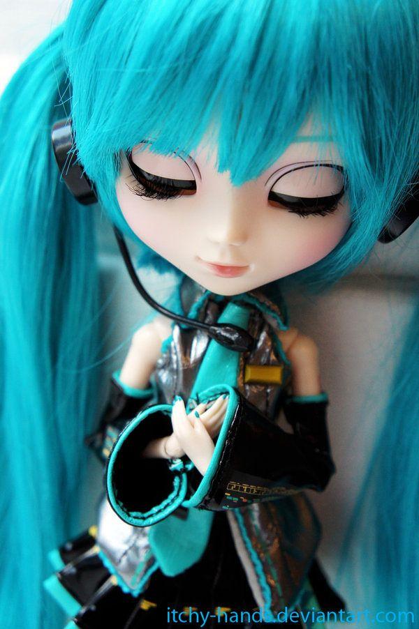 """Pullip Hatsune Miku Kokoro"" figure photo by Lawli Et"