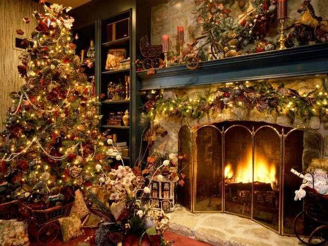 Traditional Christmas tree xxx Christmas Pinterest Beautiful