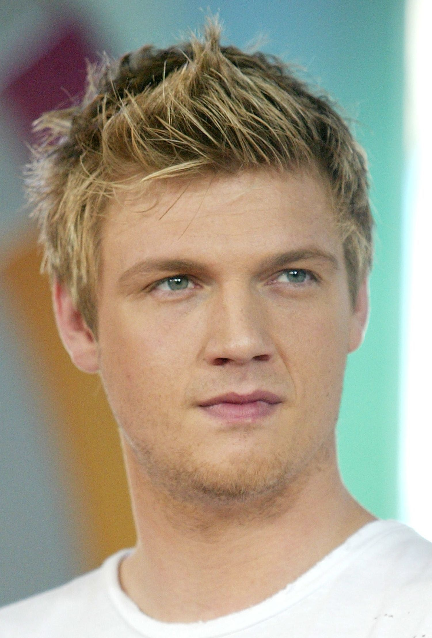 25 Best Short Spiky Haircuts For Guys Only Nick Carter Pinterest