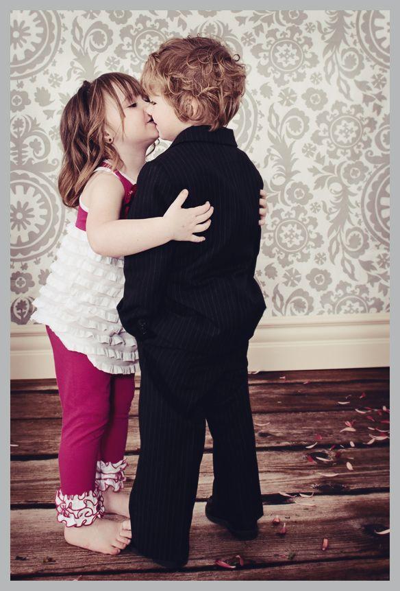 Little toddler girl kissing a little boyg 584861 pixels little toddler girl kissing a little boyg 584861 pixels altavistaventures Images