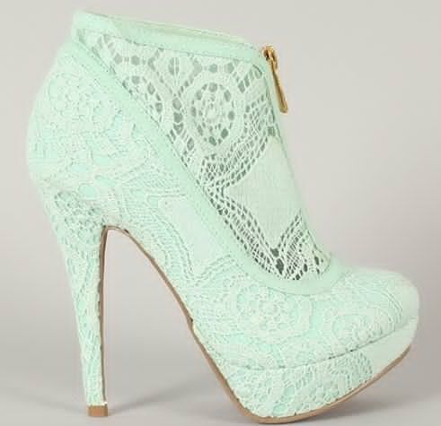 Mint green shoes!if only they were flats....
