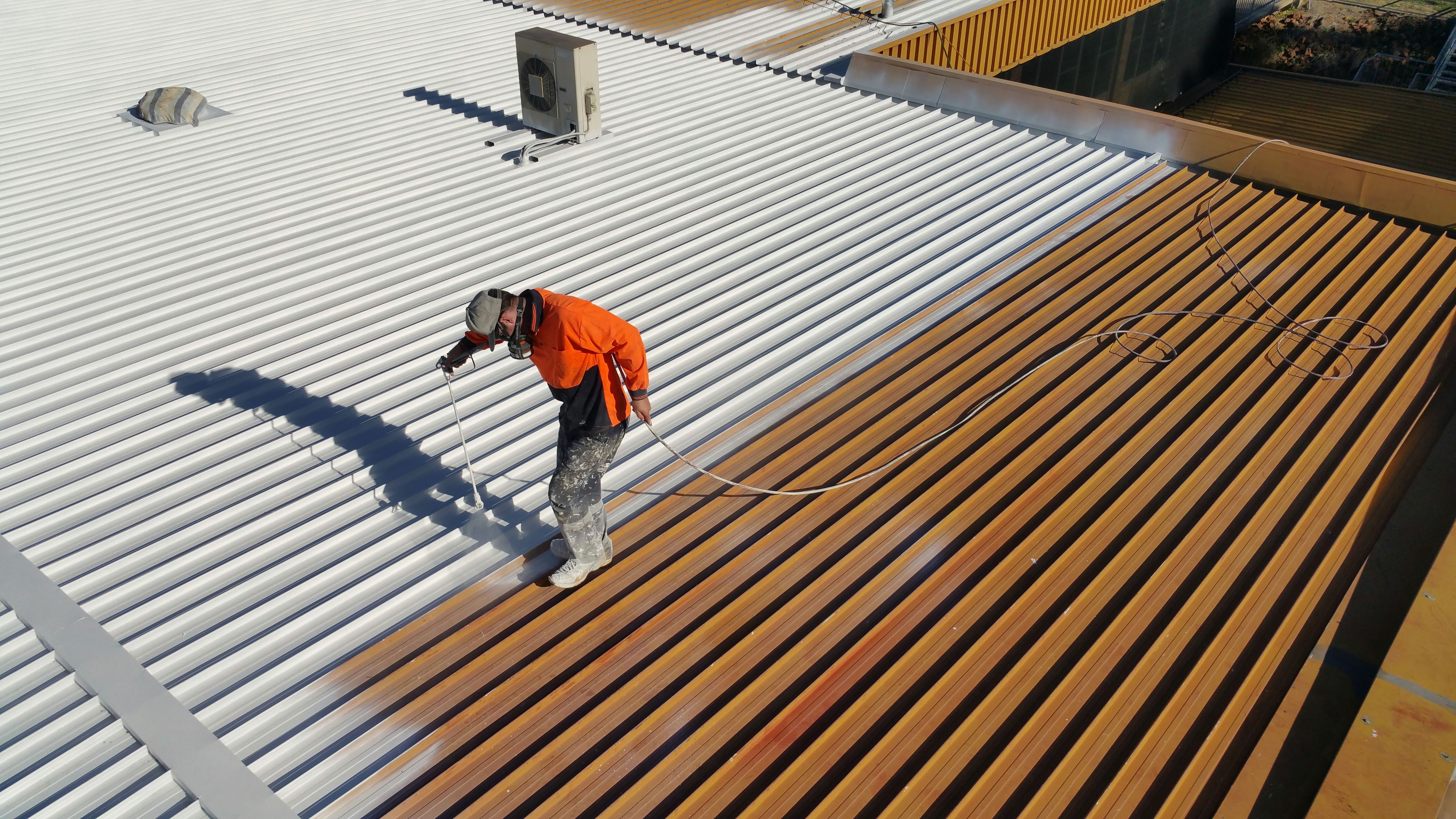 Pin By Sombreeero On 1 In 2020 Roof Restoration Membrane Roof Industrial Roofing