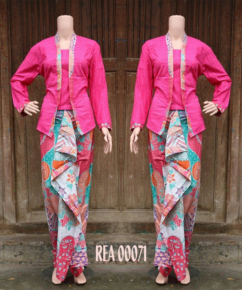 Pin By Lucy Damayanti On Kebaya N Batik Pinterest