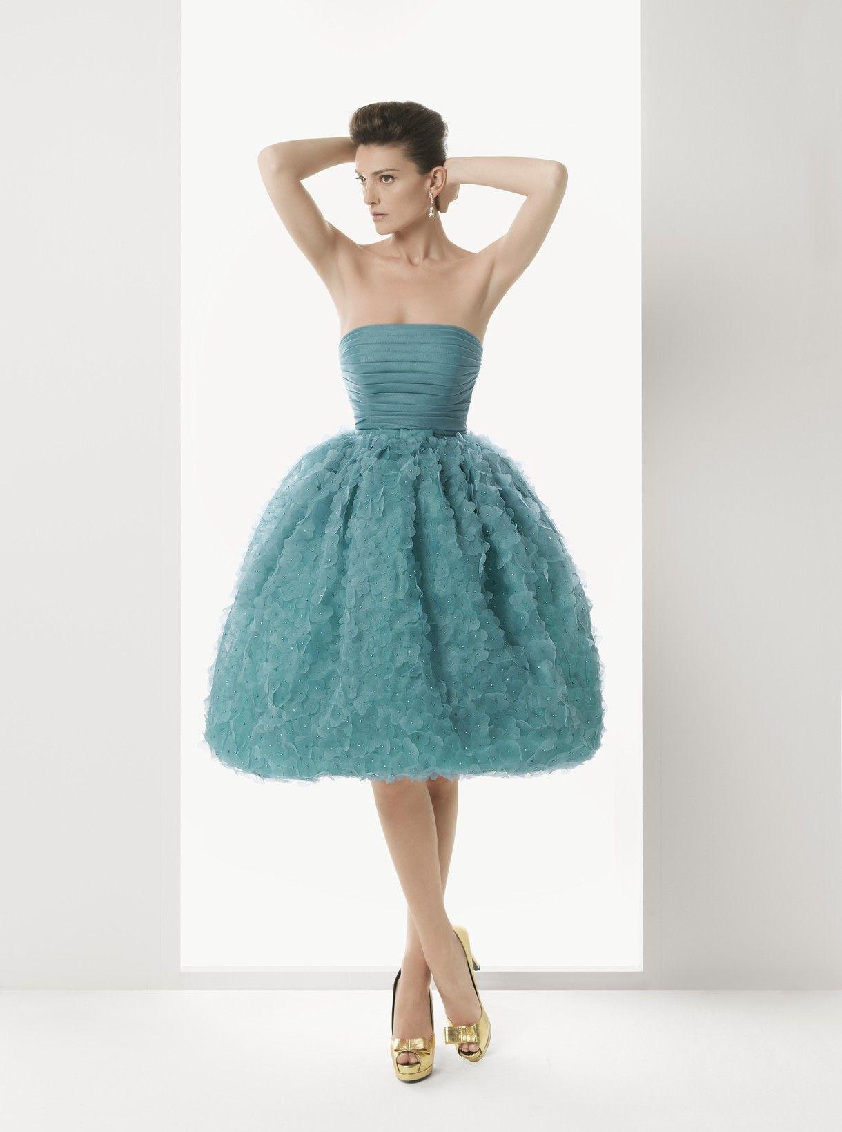 Vestidos de novia y vestidos de fiesta | Rosa clará, Rosas y Modelo