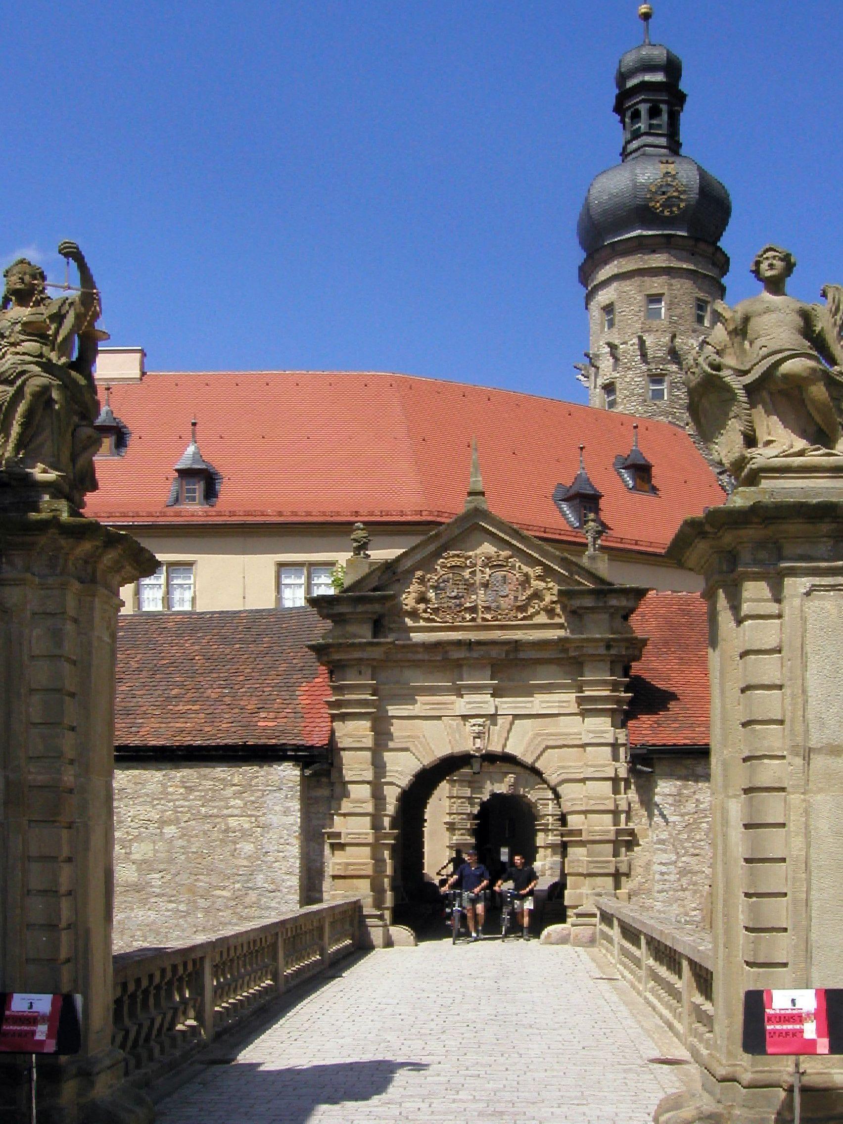 Schloss Weikersheim, Eingang