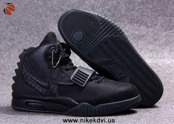 Nike Air Yeezy 2 Blackout Schuhe