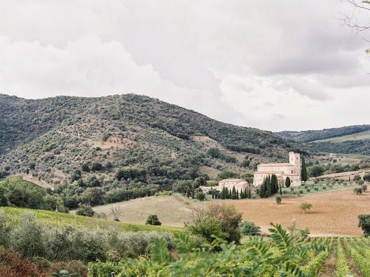 Visit Vanessa Jackman's blog to look at these absolutely delicious images of Tuscany!