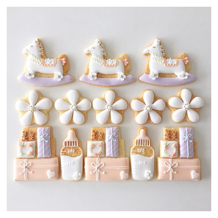 #icingcookies  #decoratedcookies #customcookies #sugarcookies #royalicing  #babygirl  #cookies #babycookies #cbonbon  #アイシングクッキー #クッキー #アイシングクッキー教室