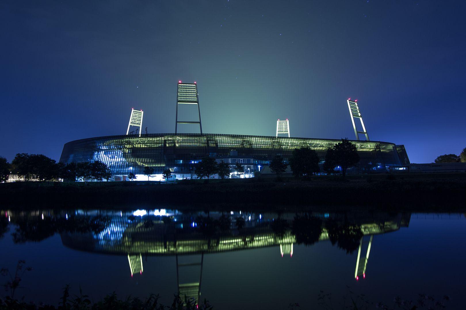 Weserstadion Bei Nacht Werder Bremen Bilder Werder Bremen