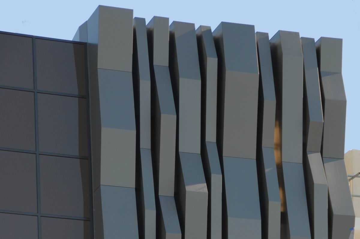 Alucobond pesquisa google arquitetura architecture pinterest architecture and amazing - Bardage moderne ...