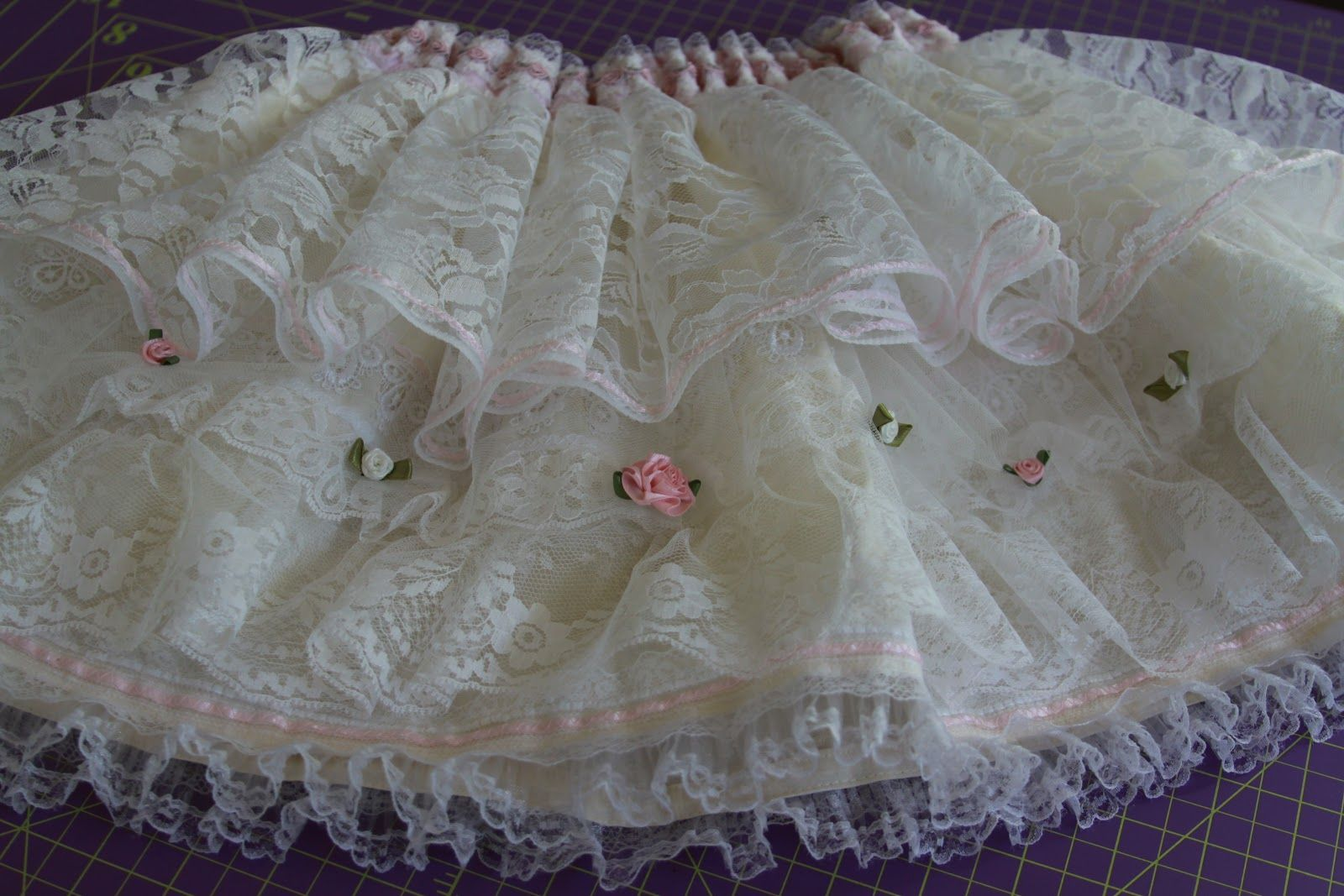 Inspriation and guide on how to make a layered lace skirt. Actually ...