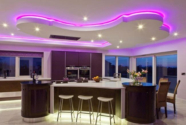 indirekte-led-deckenbeleuchtung-rosa-einbauleuchten-küche, Wohnzimmer
