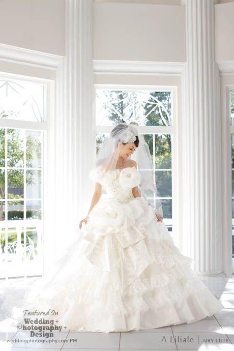 20-beyond-kimono-38-modern-kawaii-japanese-wedding-dress-inspiration ...