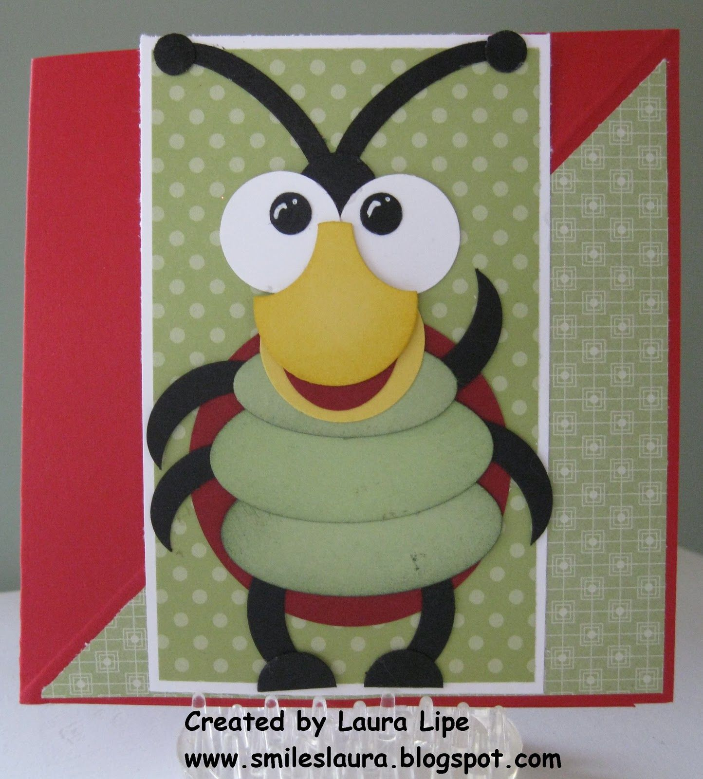 Smiles, Laura: Two more twisted easel cards.....