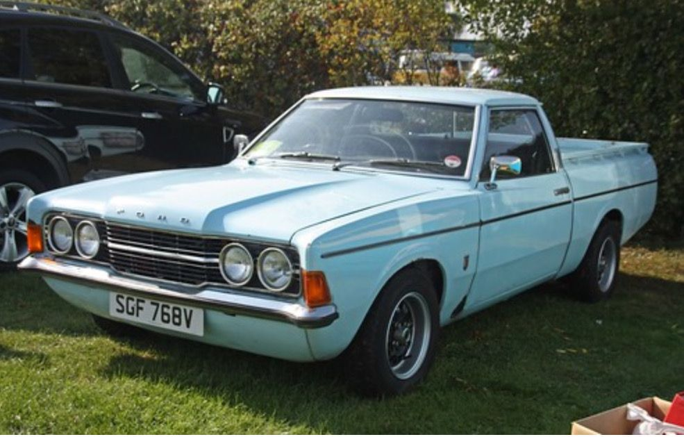 Pin By Lee H On Cortina In 2020 Old Classic Cars Car Ford Old