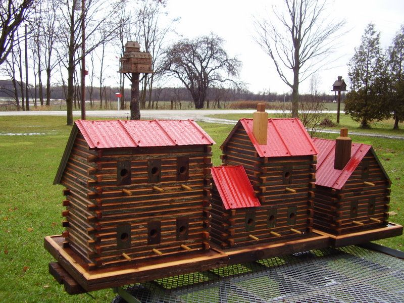Are Those Not The Coolest Birdhouses Ever? Http://extremebirdhouse.com/