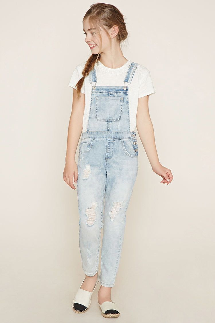 The girls overalls at Abercrombie Kids are super cute and oh-so-comfy. And we have so many styles she's going to love. Short, long, light, dark, and even ombre washes for the true fashionista-in-training.