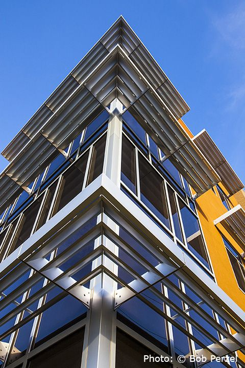 Versoleil™ SunShade   Outrigger System   For Curtain Wall By Kawneer