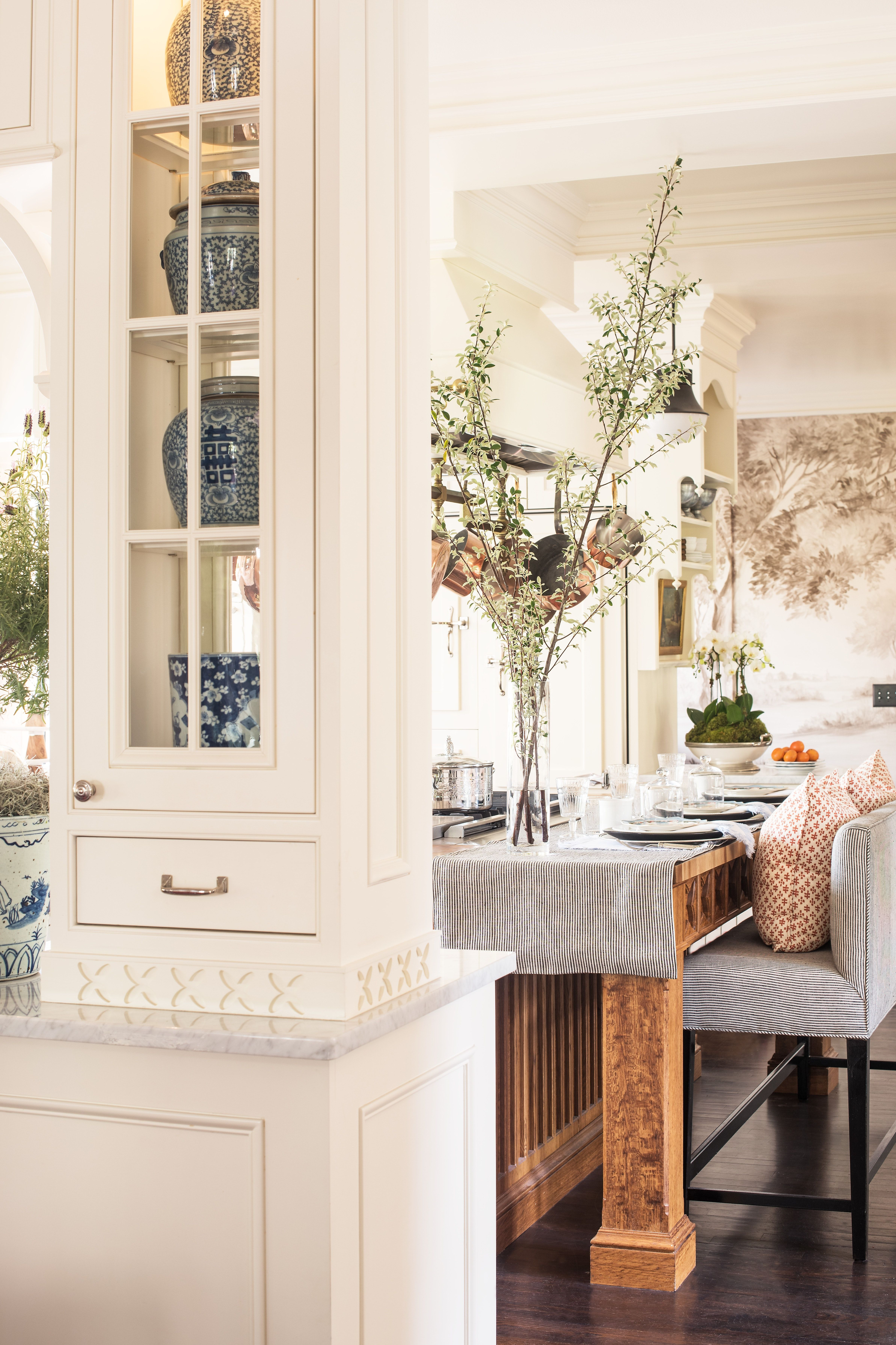 Kitchen at Lake Forest Showhouse by M and M Interior Design ...