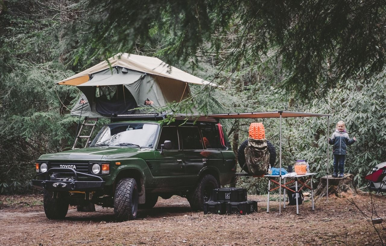 Could The Toyota Fj60 Land Cruiser Be The Best Roof Top Tent Vehicle Ever Toyota Land Cruiser Land Cruiser Roof Top Tent