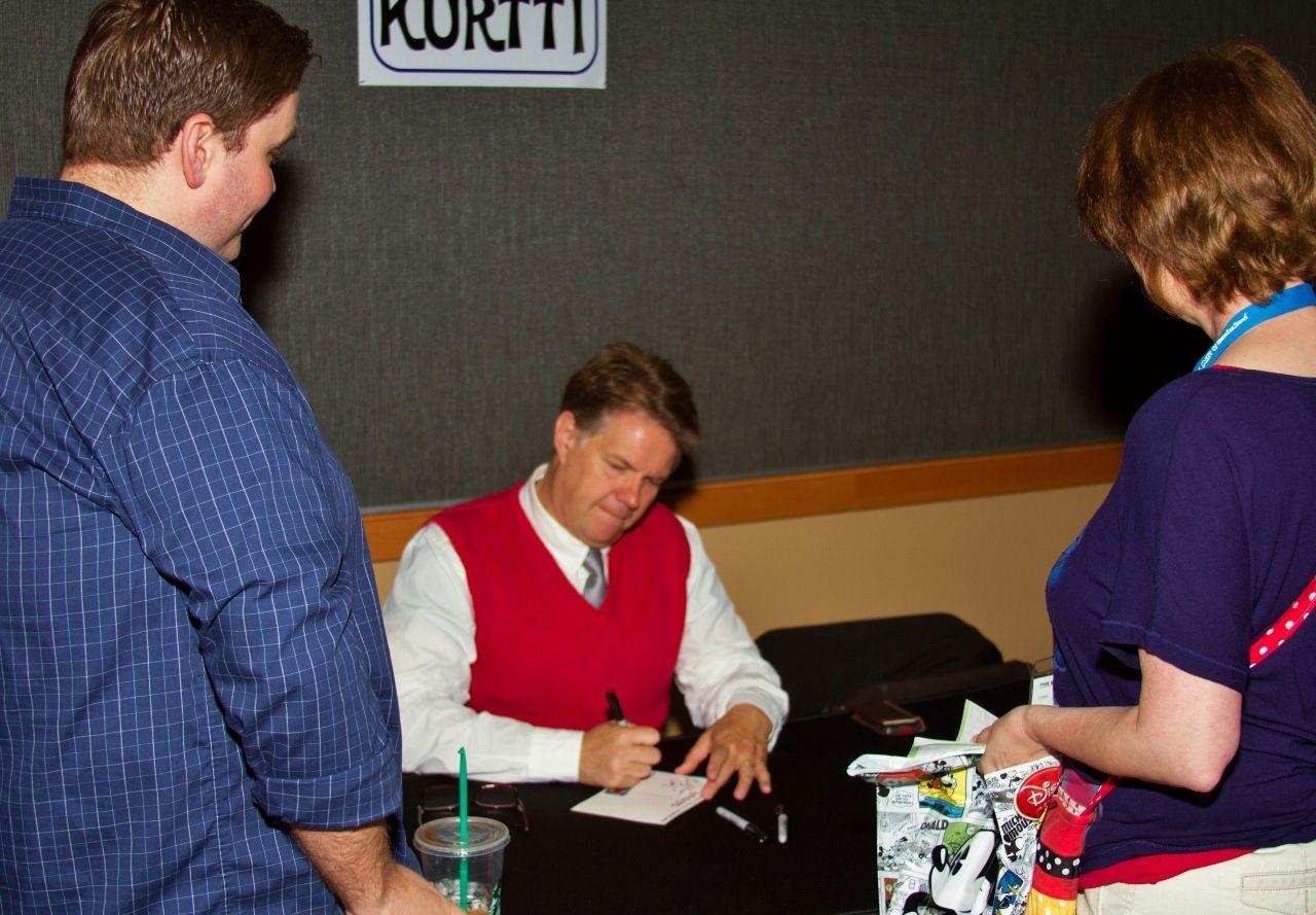 Jeff Kurtti signing autographs and meeting fans