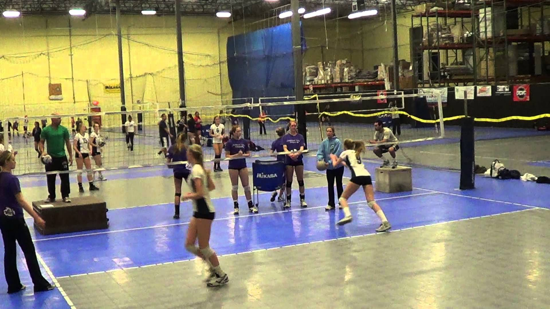 Senior Showcase Middle Hitters Drill Coaching Volleyball Volleyball Drills Volleyball