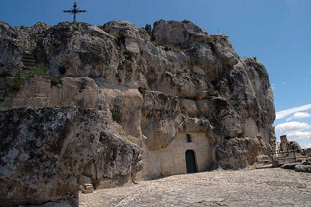 MATERA - CHIESE RUPESTRI #Matera, #Basilicata, #Italy, #Travel #SouthItaly Villa RosaMaria offers a special holiday package for your holidays in Matera http://www.villarosamaria.it/en/matera-pollino/