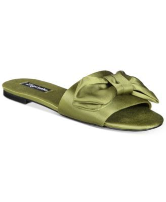 18368230a0c1 ZIGIny Valiant Flat Sandals