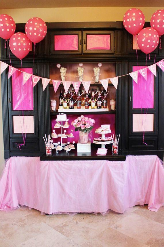 21 Pink Bottles of Beer on the Wall | Mesas de fiesta, Decoracion ...