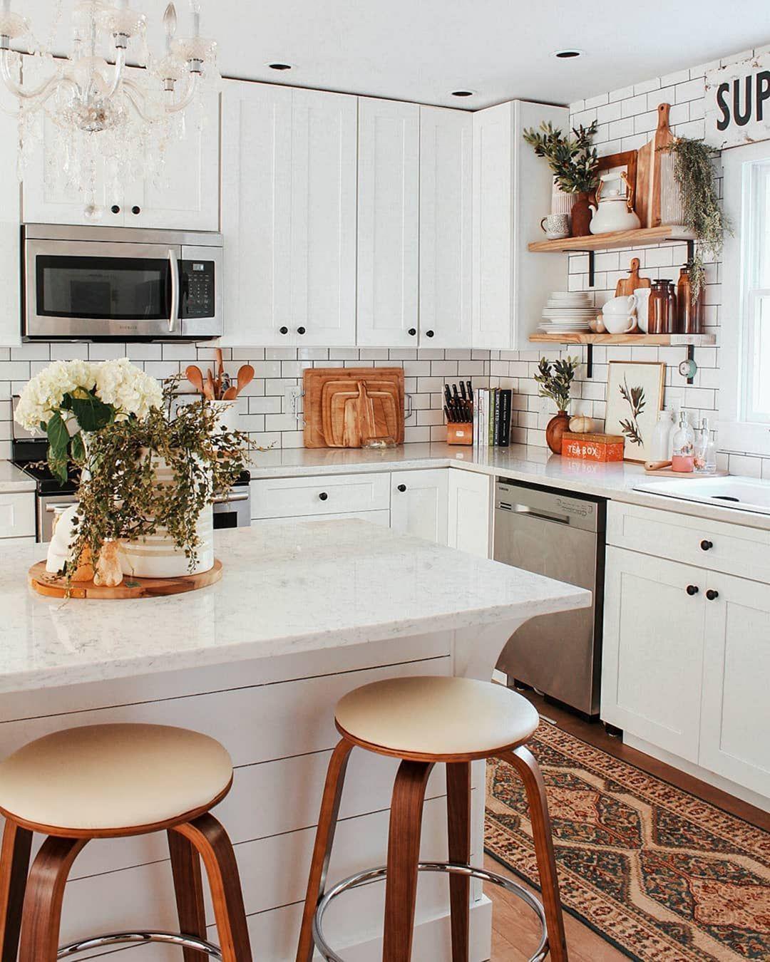 15 Chic Farmhouse Kitchen Design And Decorating Ideas For Fun Cooking Decor It S Farmhouse Kitchen Design Home Kitchens Kitchen Inspirations Pinterest kitchen decorating ideas