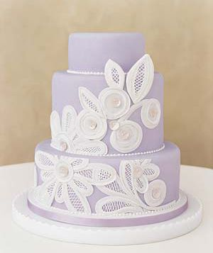 gorgeous.  perhaps add some blue to incorporate both blue and purple  #cake