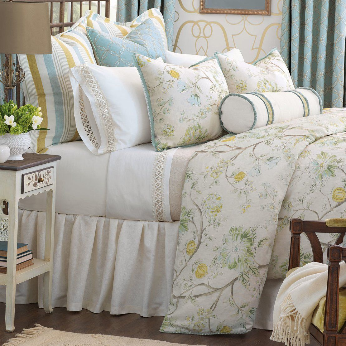 Eastern Accents Amal Abstract Cotton Blend 7 Piece Duvet Cover Set Luxury Bedding Bedding Sets Comforter Sets