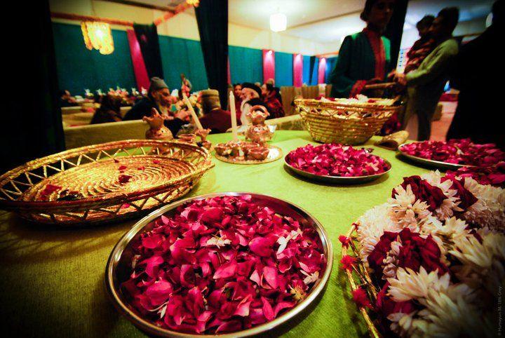 Mehndi Thaals Uk : Henna candles mehndi thaal plates tea lights full sets