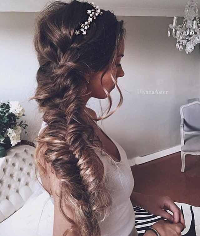 Top 14 Effortless Braids Cool Braid Hairstyles Long Hair Styles Romantic Bridal Hair
