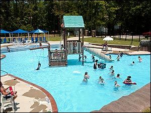 Diamond springs water park murfreesboro arkansas adjacent for Cabins near crater of diamonds state park