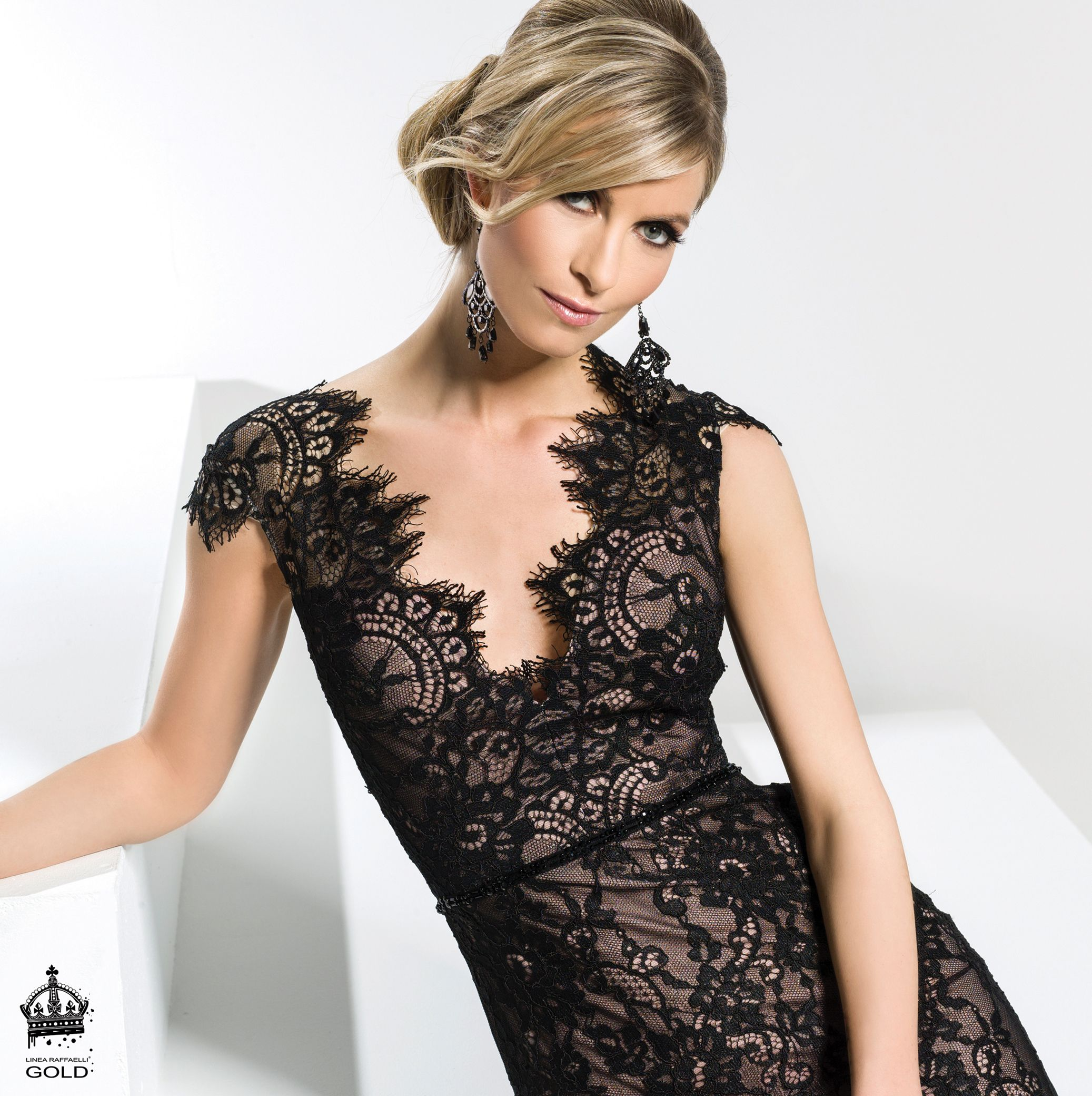 Linea raffaelli resort set long black lace evening