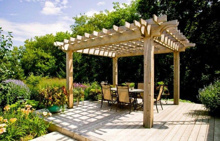 plazoleta de jardin con cubierta pergola de madera - Pergolas Jardin