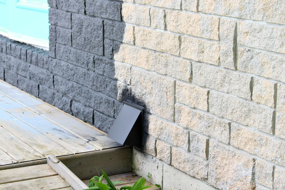 Charcoal Grey Painted Stone Exterior How To Safely Paint A Chimney Dans Le Lakehouse Stone Exterior Houses Austin Stone Exterior Exterior Stone