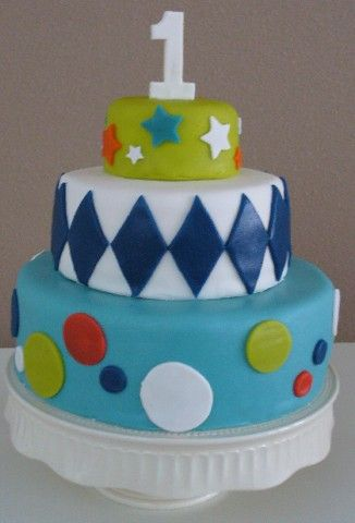 Modern 3 Tier Cake For A 1st Birthday Baby Boy Bykikiboe Nl