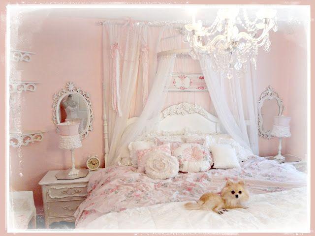 Beautiful Shabby Chic style bedroom (from Not So Shabby - Shabby Chic)