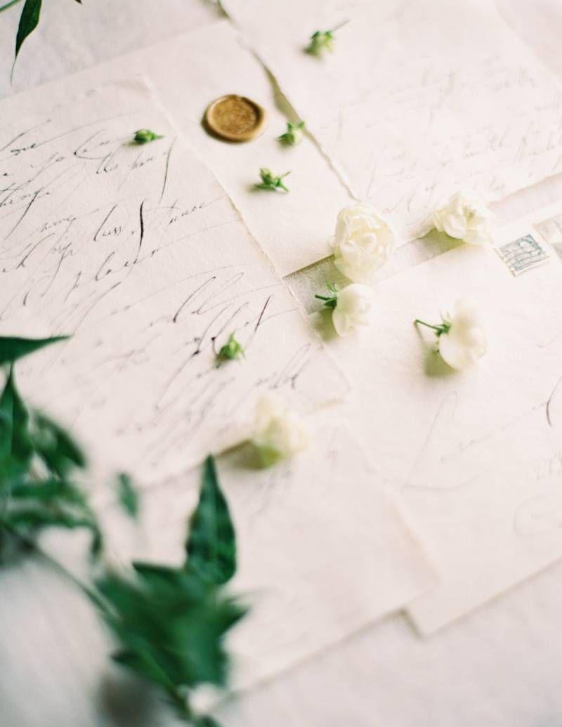 Organic u earthy bridal ideas on the cliffs of oahu hawaii wedding