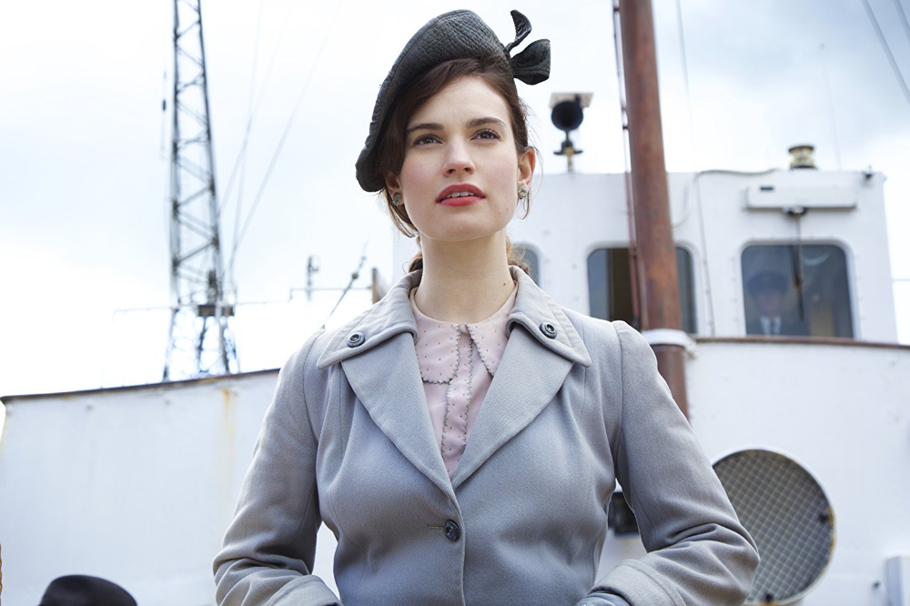 THE GUERNSEY LITERARY AND POTATO PEEL PIE SOCIETY Trailers