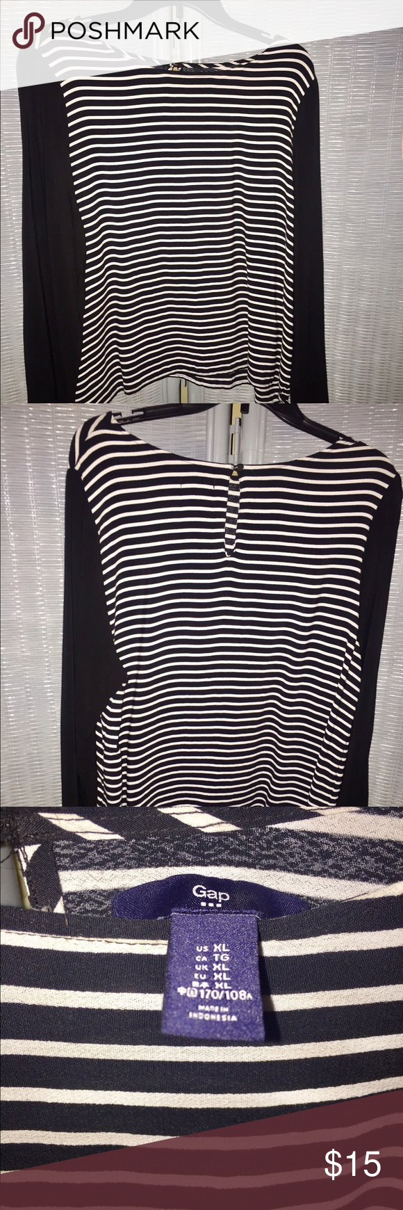 Gap Blouse XL Gap Blouse XL Striped Black & White. Please my other listings , mix match bundle and save ! GAP Tops Blouses