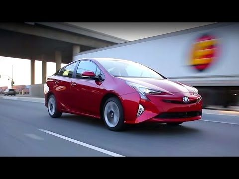 2016 Toyota Prius Video Review And Road Test By Kelley Blue Book S