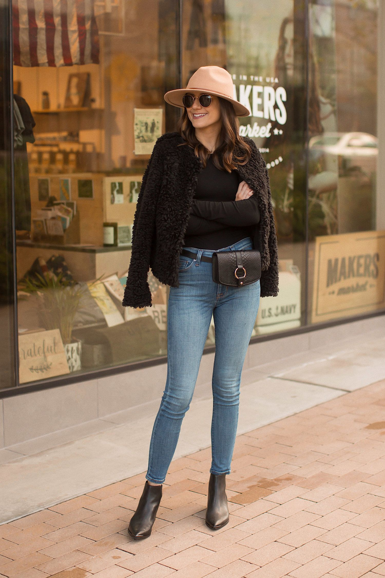How to Wear a Belt Bag in a Chic Way — Girl Meets Gold