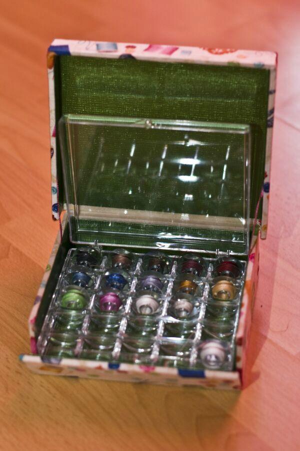 Boîte à boîte à canettes ouverte