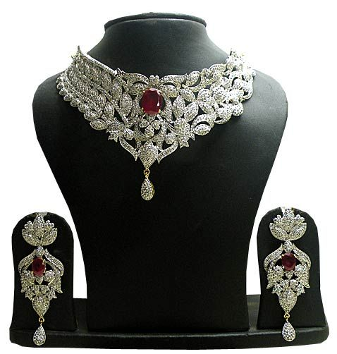 Maroon and Off White Stone Studded Necklace Set
