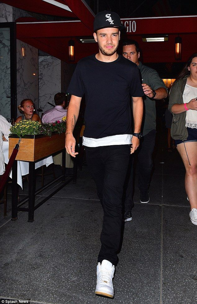 Who is liam from one direction dating 2016